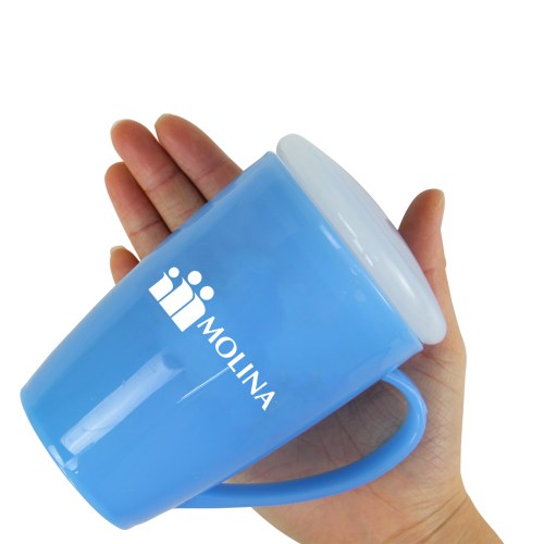Tapered Plastic Mug With Lid Image 4