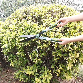 Retractable Garden Hedge Shear
