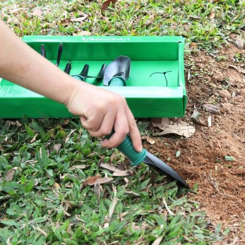 4 Piece Gardening Tool Set