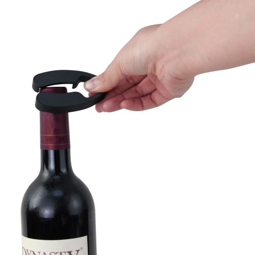 Four Wine Accessories Vacuum Opener Set