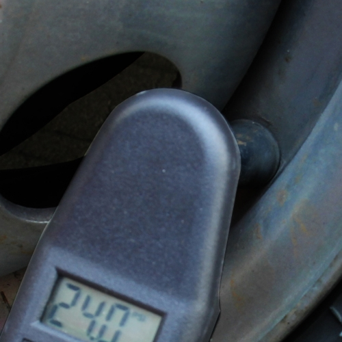 Digital LCD Tire Air Pressure Gauge Image 6
