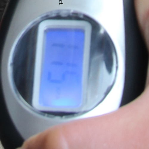 Digital Tire Gauge With LED Indicator Image 7