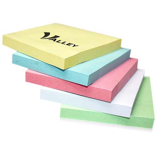 100 Sheets Super Sticky Notepad Image 1