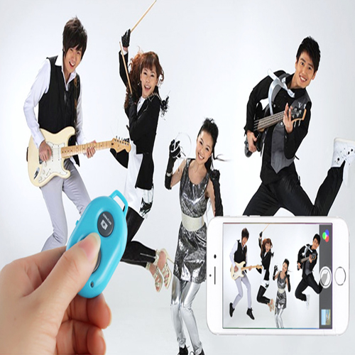 Extendable Selfie Stick with Bluetooth Remote Image 12