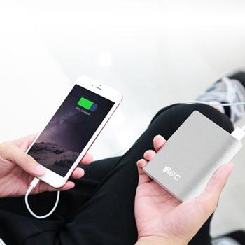 High Capacity 10400mAh Portable Power Bank