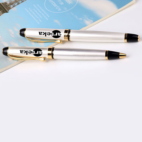 Chrome Metal Executive Pen Image 4