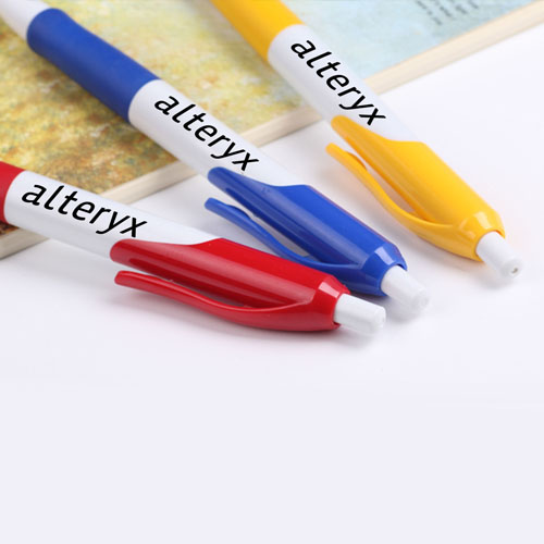 Retractable Ballpoint Pen With Comfortable Grip Image 3