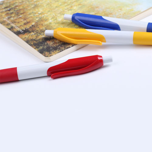 Retractable Ballpoint Pen With Comfortable Grip Image 5