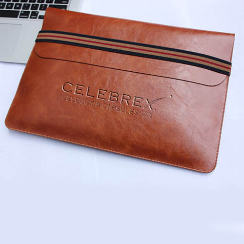 Leather Laptop Sleeve With Elastic Closure Image 3